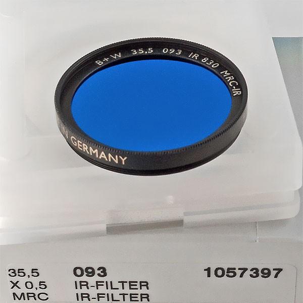 B+W Infrarotfilter 093 Schwarzrot 830 MRC-IR Ø 35,5 mm