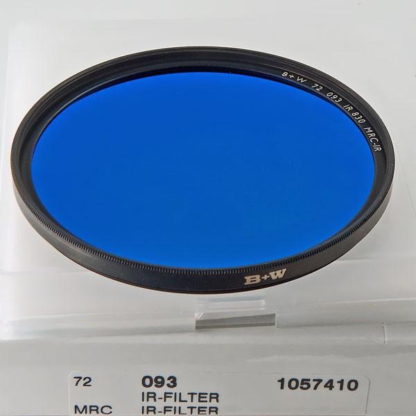 B+W Infrarotfilter 093 Schwarzrot 830 MRC-IR Ø 72,0 mm