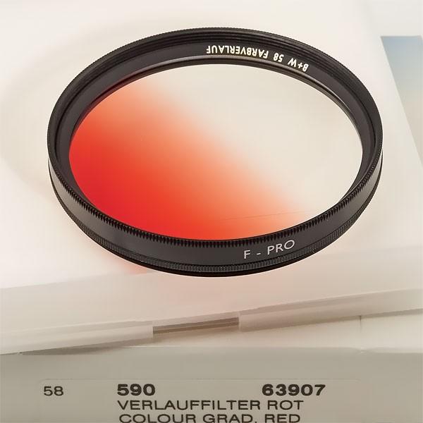 B+W Farbverlauffilter 590 Rot Ø 58,0 mm